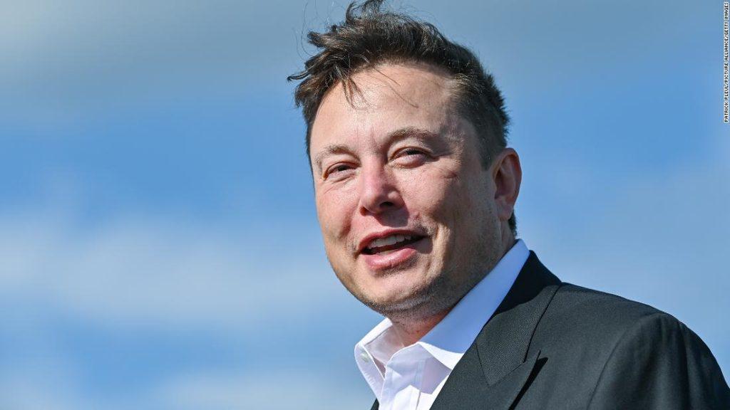 Elon Musk's 'Teslas in a tunnel' project takes step forward in Las Vegas