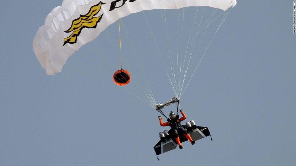 Vince Reffet, 'Jetman' pilot, dies in training accident in Dubai