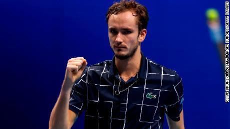 Daniil Medvedev hits underarm serve on his way to victory against Alexander Zverev