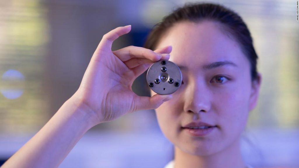 Diamonds created at room temperature in minutes