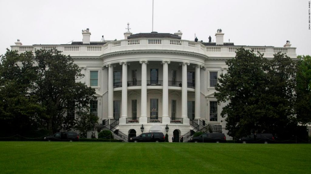 White House coronavirus task force calls for 'significant behavior change of all Americans'