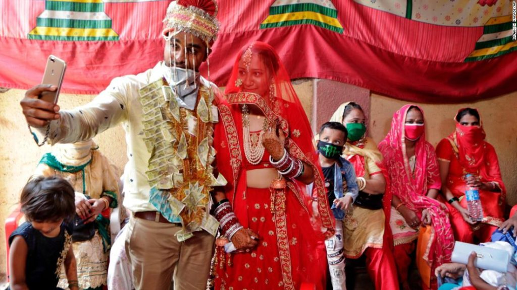 What coronavirus means for India's 'big fat weddings'