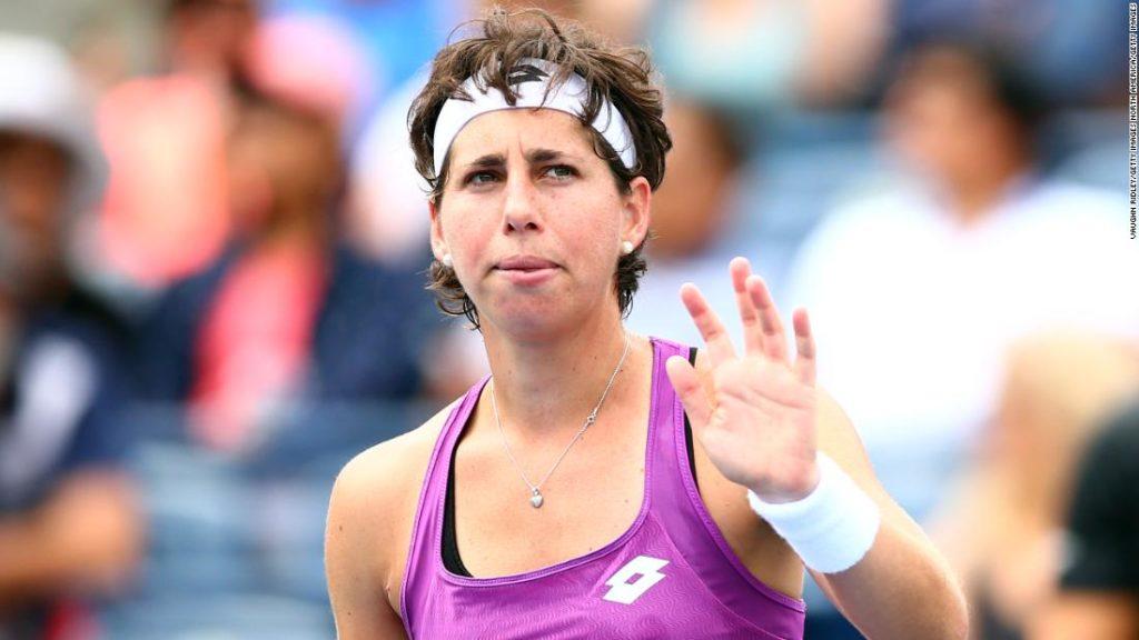 Carla Suarez Navarro: Amid cancer treatment, tennis star stays 'active' on court