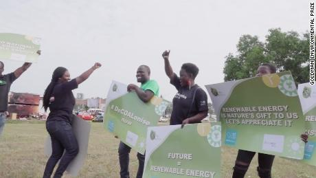 Campaigners draw public attention to Chibeze Ezekiel's movement on the dangers of coal and the need for renewables at a shopping mall in Accra, Ghana in September 2017.