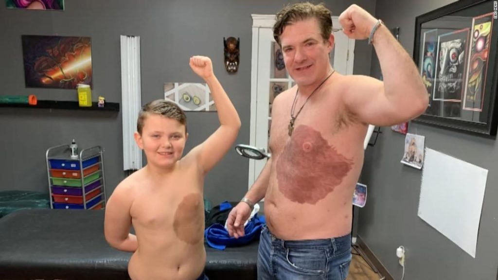 This dad spent 30 hours getting a tattoo of his son's birthmark