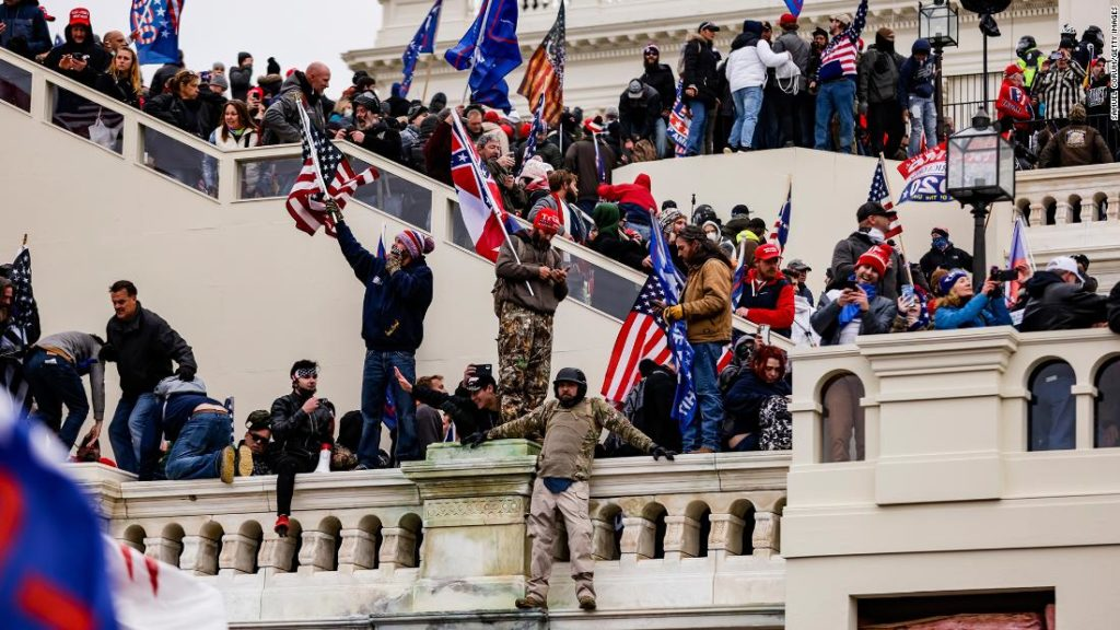 Brian Sicknick: US Capitol Police confirm death of officer after pro-Trump riot