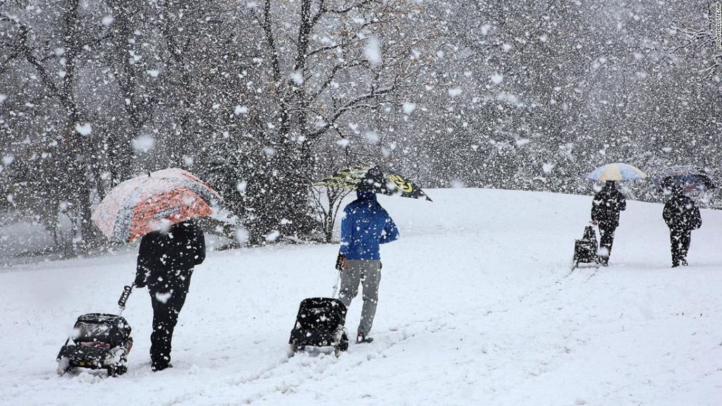 Southern snowstorm: More than 150,000 customers left without power in Texas and Louisiana as major snowstorm moves across the South