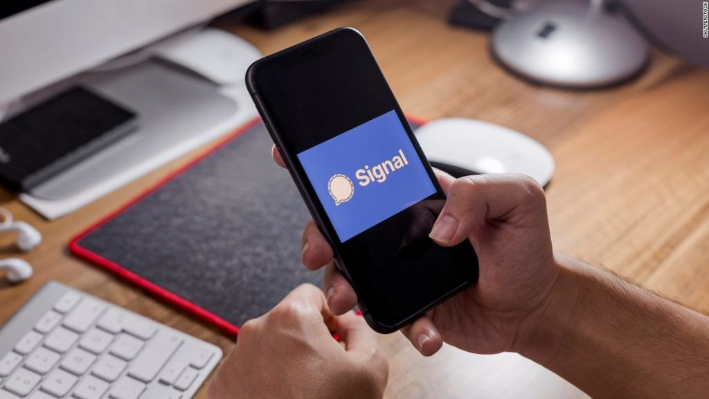 Why messaging app Signal is surging in popularity right now