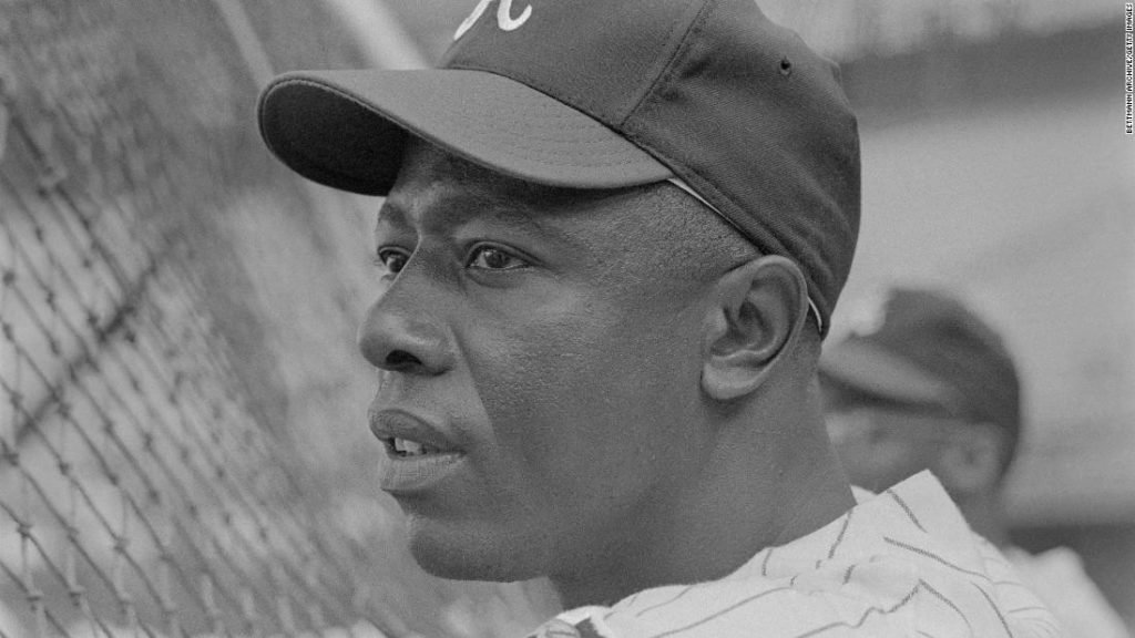 Opinion: There was much more to Hank Aaron than breaking Babe Ruth's record