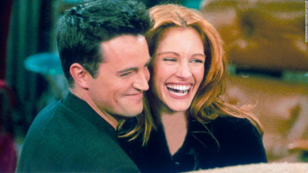 Julia Roberts tested Matthew Perry before agreeing to appear on 'Friends'
