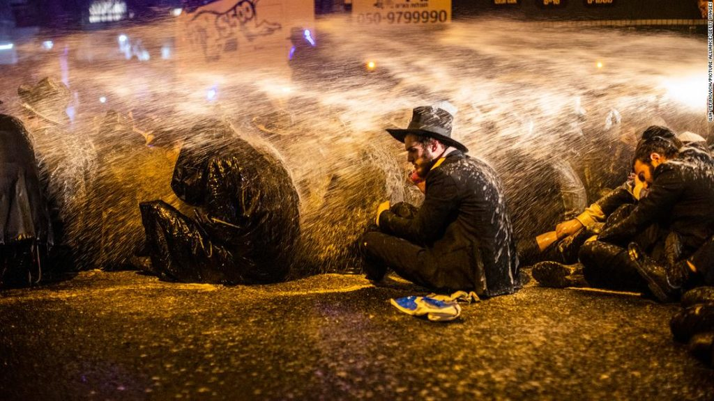Israel coronavirus: some ultra-Orthodox Jews resort to violence and slurs over lockdowns