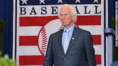 Baseball Hall of Famer Don Sutton dead at 75