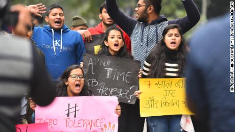 7 years after bus rape and murder shocked the world, attackers hanged in New Delhi
