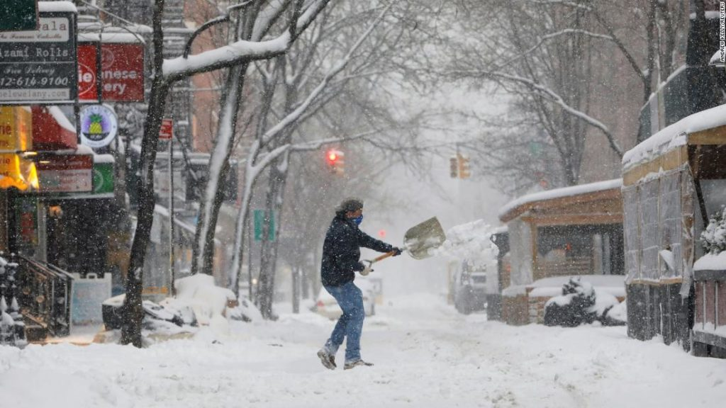 Winter storm slams mid-Atlantic and Northeast with 2 feet of snow possible in New York City