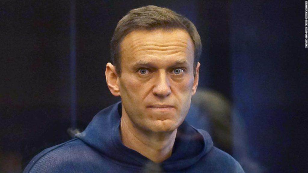 Alexey Navalny handed new jail term as he denounces 'Putin the poisoner'