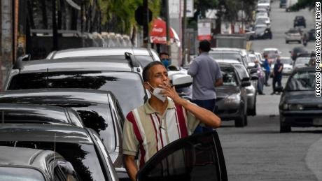 A queue outside a gas station of the Chacao neighborhood in Caracas on September 11, 2020.