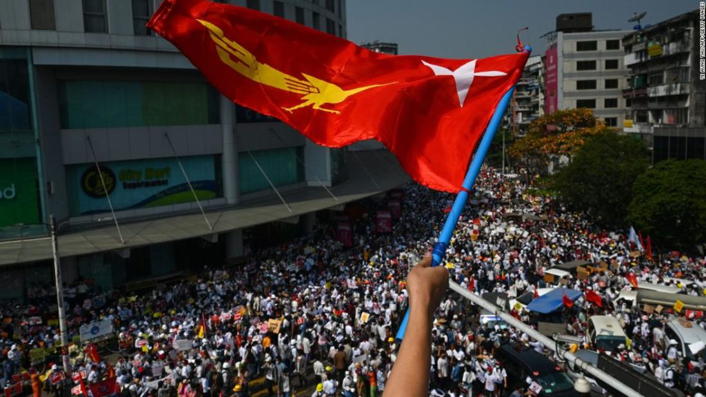 Myanmar: Huge demonstrations despite military's warning that protesters could 'suffer loss of life'