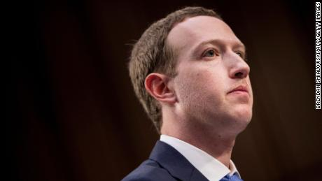 Facebook blocks users in  Australia from finding or sharing news