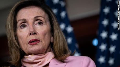 Pelosi warns 'no chance' of US-UK trade deal if Brexit violates international treaty
