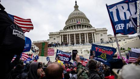First responders describe chaos at US Capitol riot