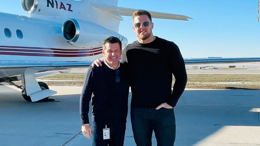 J.J. Watt: NFL owner, who is also a pilot, jets in to help secure free agent deal