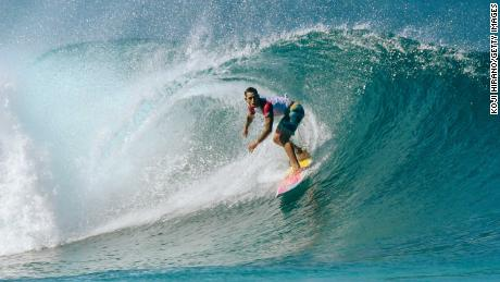 Kemper competes during the 2019 Billabong Pipe Masters in Hawaii.
