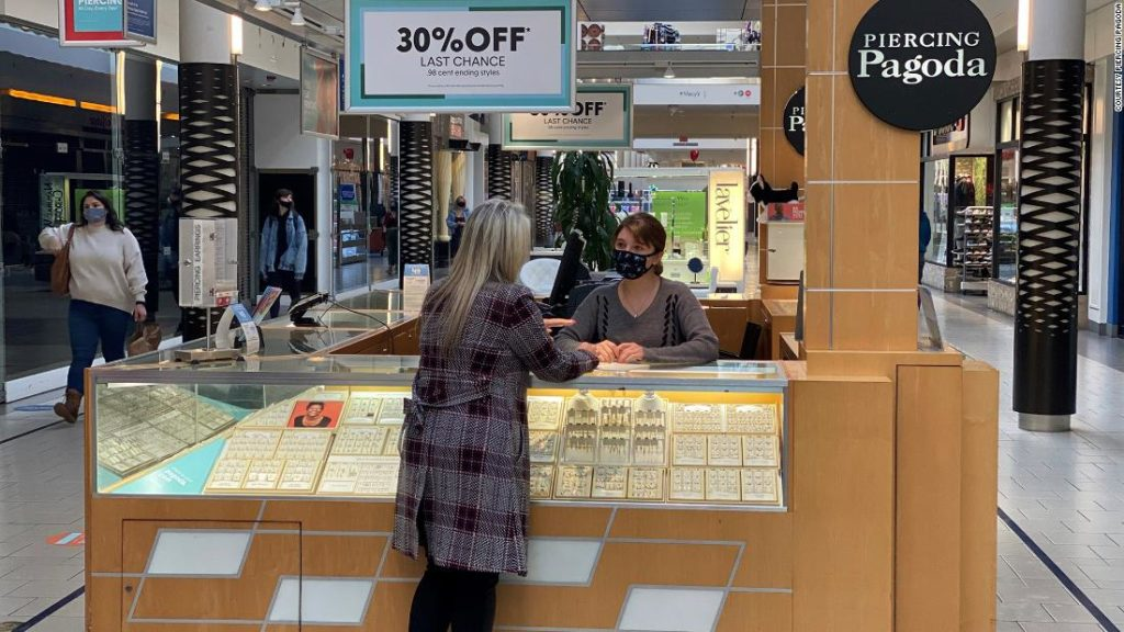 Why facial piercings could help boost mall traffic