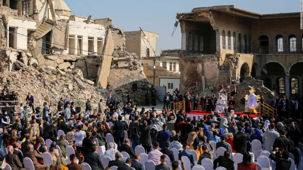 Pope Francis declares hope 'more powerful than hatred' during visit to Iraq