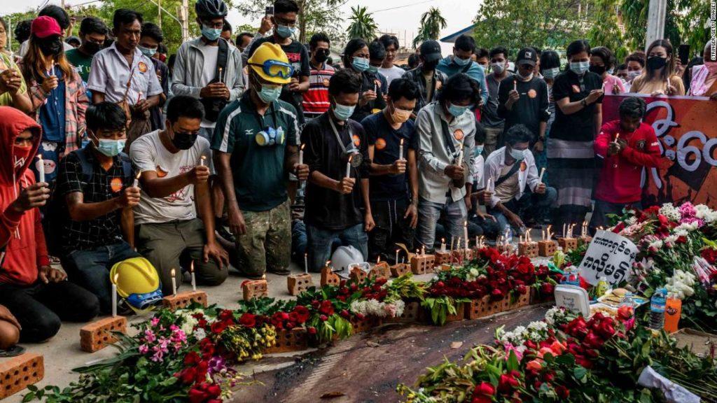 Myanmar: Streets of blood in Myaing as UN fears 'crimes against humanity'