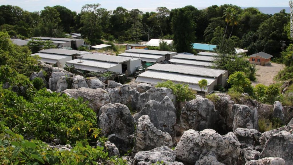 China urges Australia to close offshore detention centres