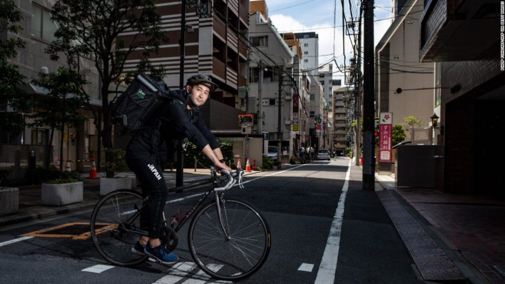 Ryo Miyake: Olympic silver medalist delivers food for Uber Eats to fund Tokyo 2020 dream