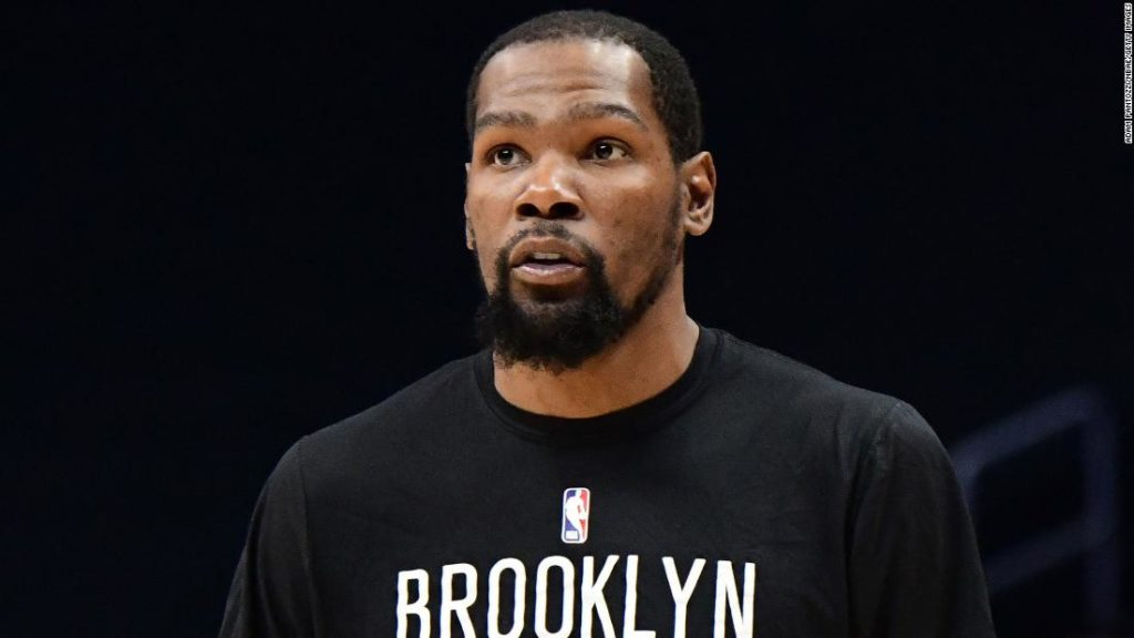 Kevin Durant accused of using homophobic slurs in private messages with Michael Rapaport