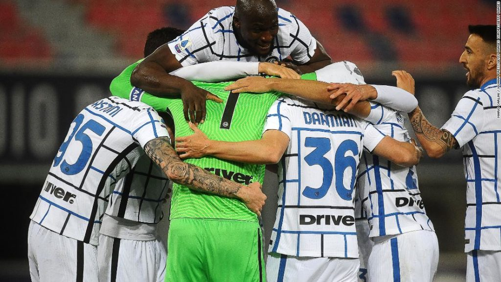 Serie A: Super Saturday leaves Inter Milan with one hand on Scudetto trophy