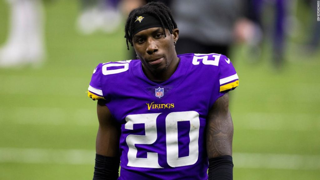 Jeff Gladney of the Minnesota Vikings turns himself in to authorities at Dallas jail