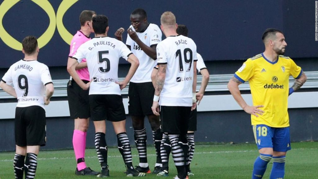 Juan Cala denies racially abusing Mouctar Diakhaby; Valencia respond in statement
