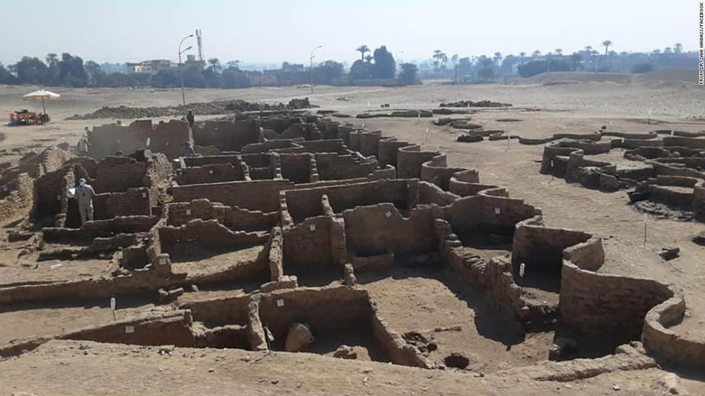 Archaeologists discover 3,000 year-old 'lost' city in Egypt