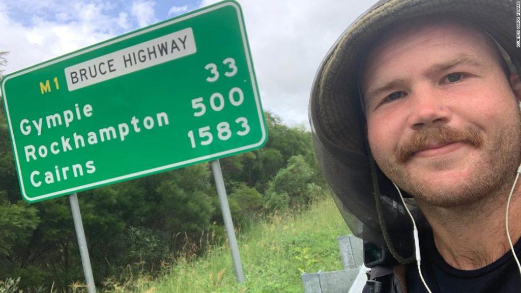Tom Drury: Trekking 4000km along the Australian coast -- on a skateboard