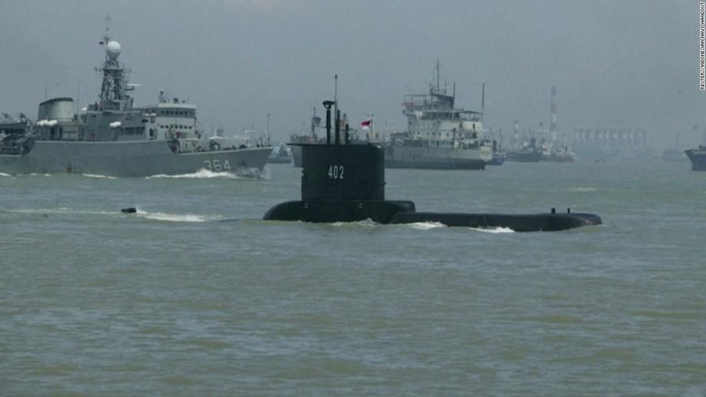 Indonesia: Missing Indonesian submarine has enough oxygen for crew until Saturday, Navy says