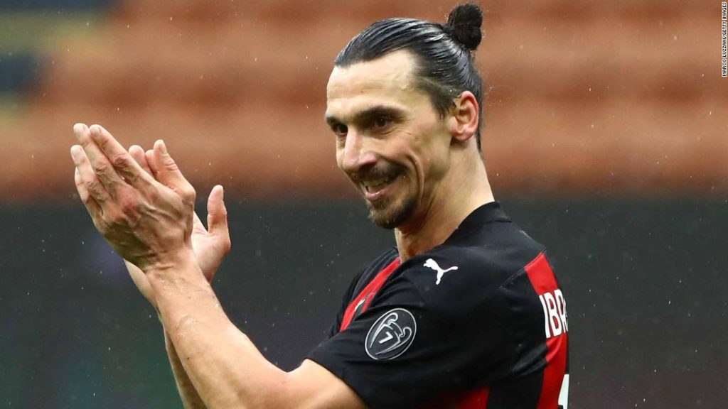 Zlatan Ibrahimović's new AC Milan contract will allow him to join fabled club of Serie A's quadragenarians