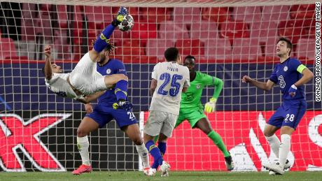 Mehdi Taremi scored an incredible goal against Chelsea.