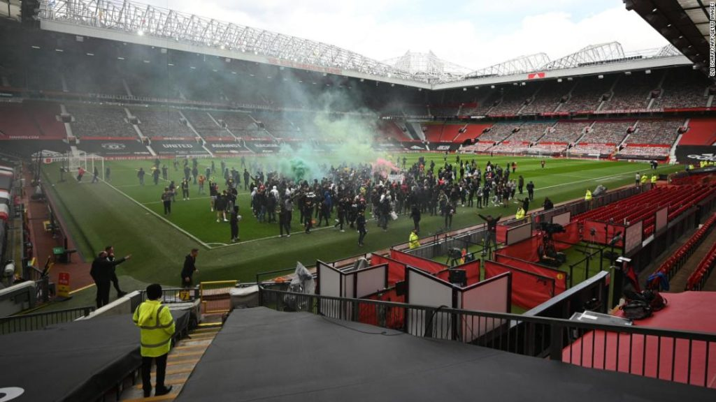 Manchester United fans mount protest against US owners as Premier League against Liverpool postponed
