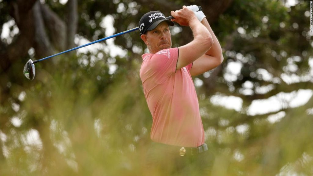 Henrik Stenson snaps club during PGA Championship