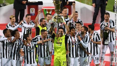 Gianluigi Buffon lifted his sixth Coppa Italia ... 22 years after winning his first.