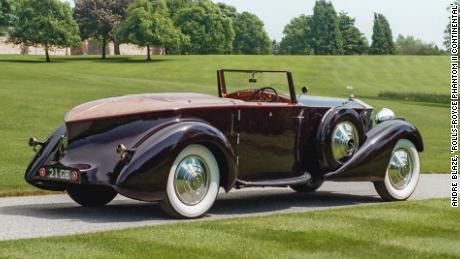 This custom built 1934 Rolls-Royce Phantom II Continental Drophead Coupé is an example of early boattail car design.