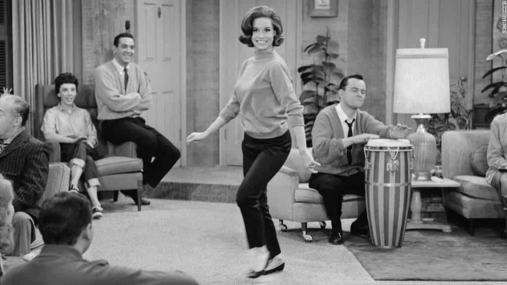 How Mary Tyler Moore's capri pants broke the sitcom mold