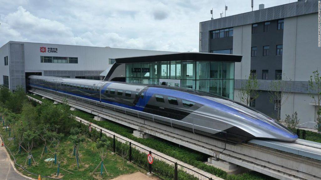 China debuts world's fastest Maglev train