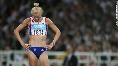 Paula Radcliffe looks dejected after she pulled out of the women's 10,000m event during the Athens 2004 Summer Olympics.