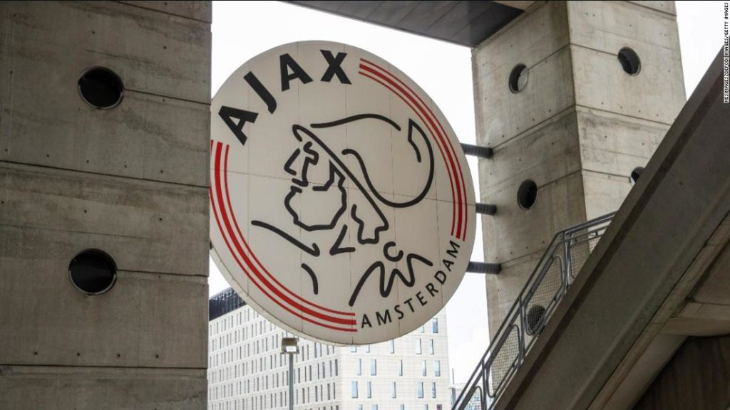 Noah Gesser: 16-year-old Ajax youth player dies in car accident