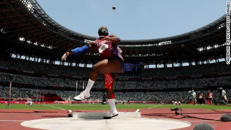 Saunders competes in the women's shot put final.