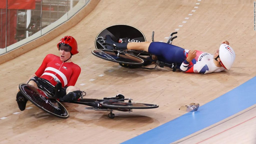 Danish cyclist crashes into GB rider during team pursuit